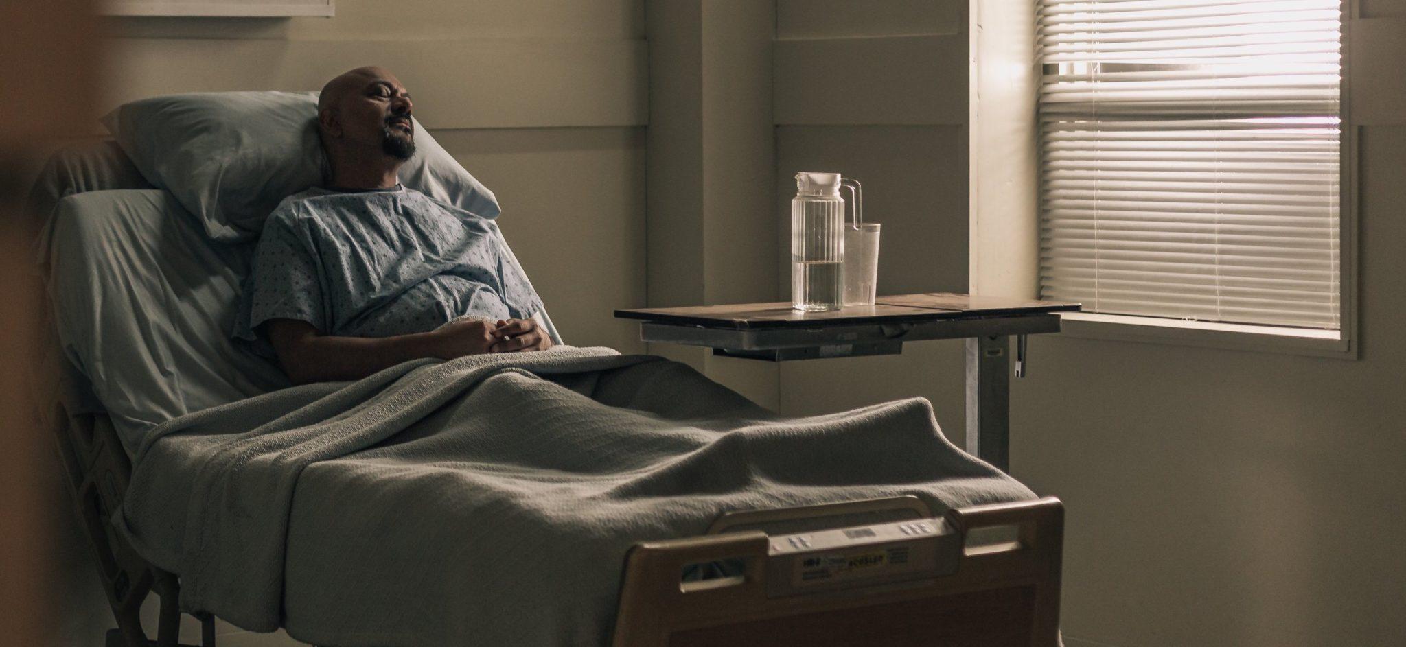 escarre au pied - patient hopital