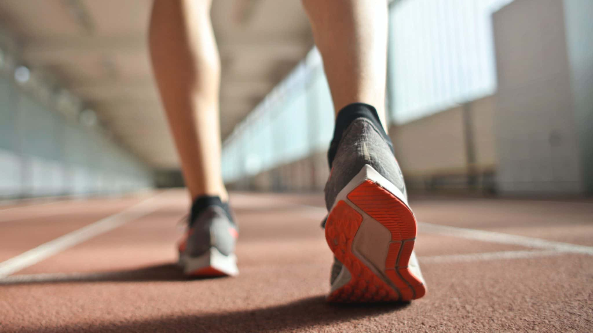épine calcanéenne - sportif - coureur - douleurs talon